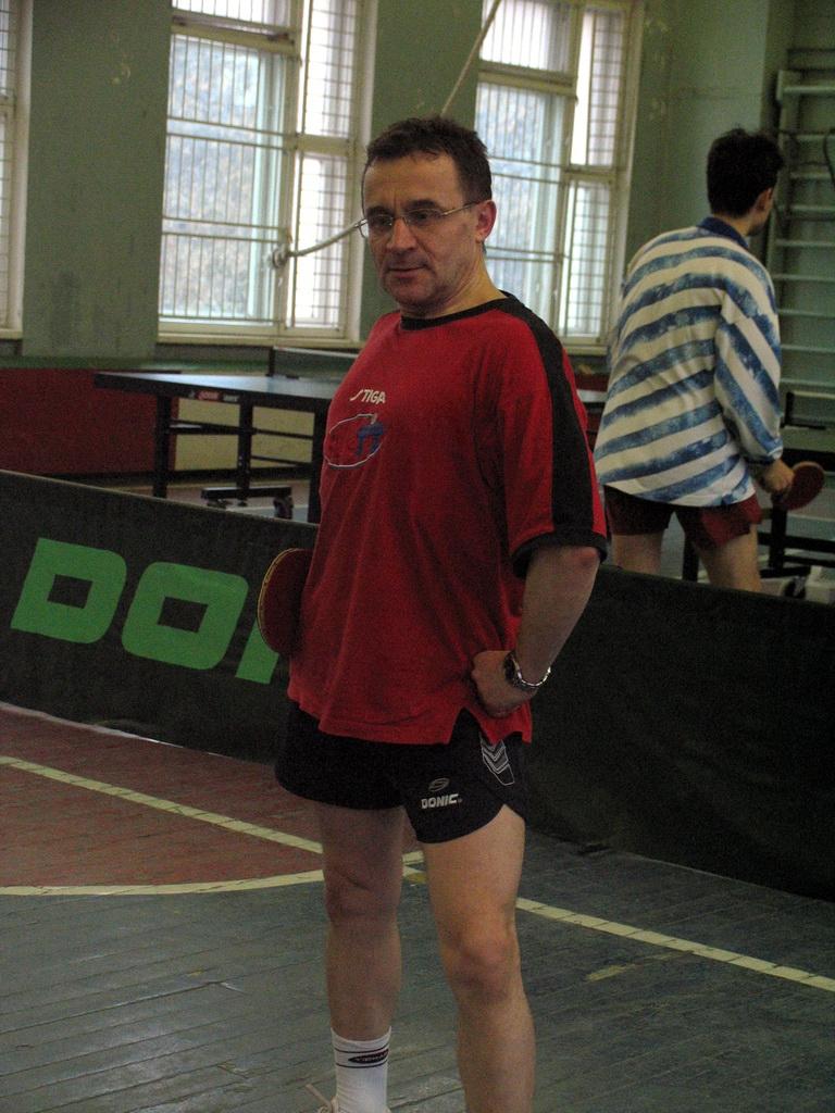 Андрей А в образе - настольный теннис фото